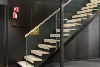 Moderne trapper til kontoret. Xtrapp